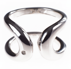 RHODIUM PLATE HORSE SHOE RING