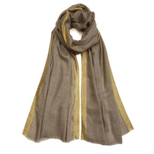 Load image into Gallery viewer, Golden Detailing Pashmina - Natural