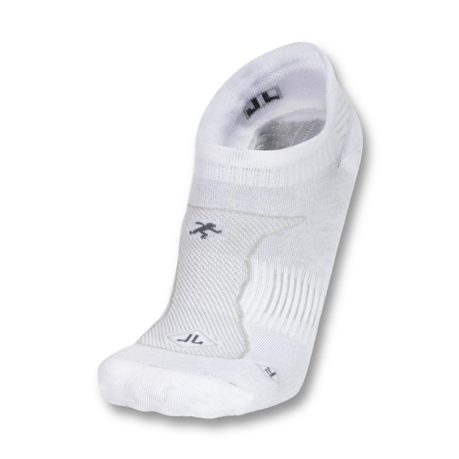 MEN'S WHITE NO SHOW PERFORMANCE SOCKS