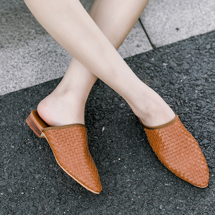 2019 Low Heel Pointed Woven Sandals