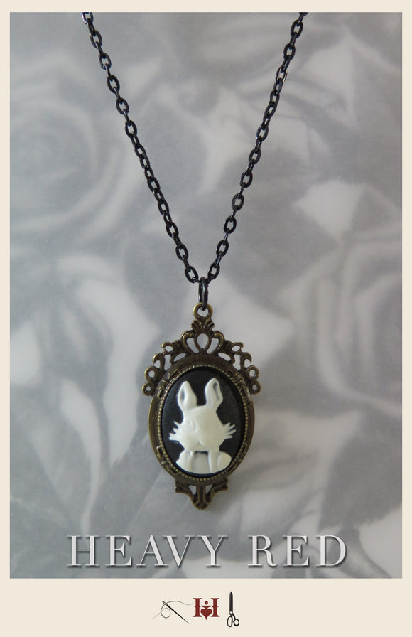 Alice In Wonderland White Rabbit Cameo