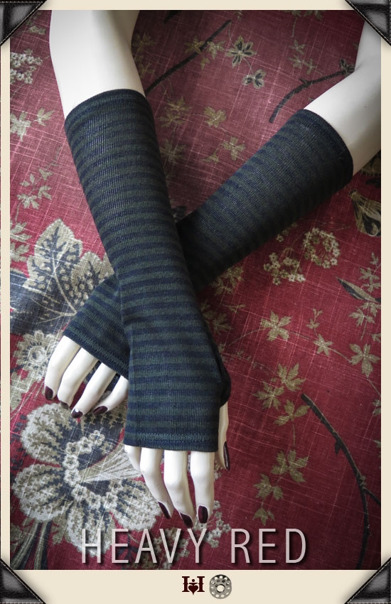 Grunge Olive Stripe Sweater Gloves