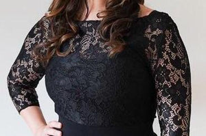 Audrey // Black Lace Top with sleeves
