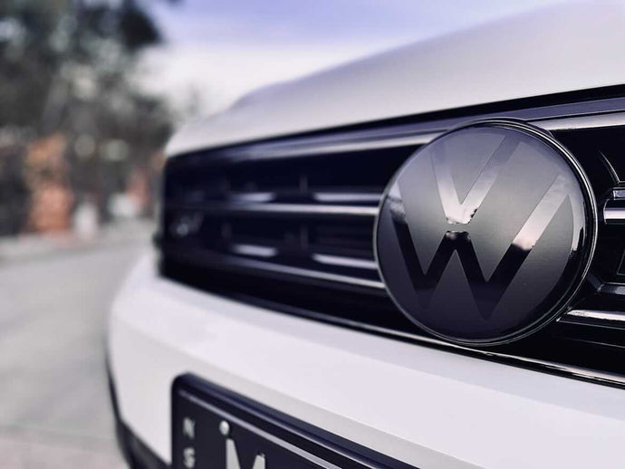 Volkswagen T Roc Badge Overlay New VW Style (Radar)