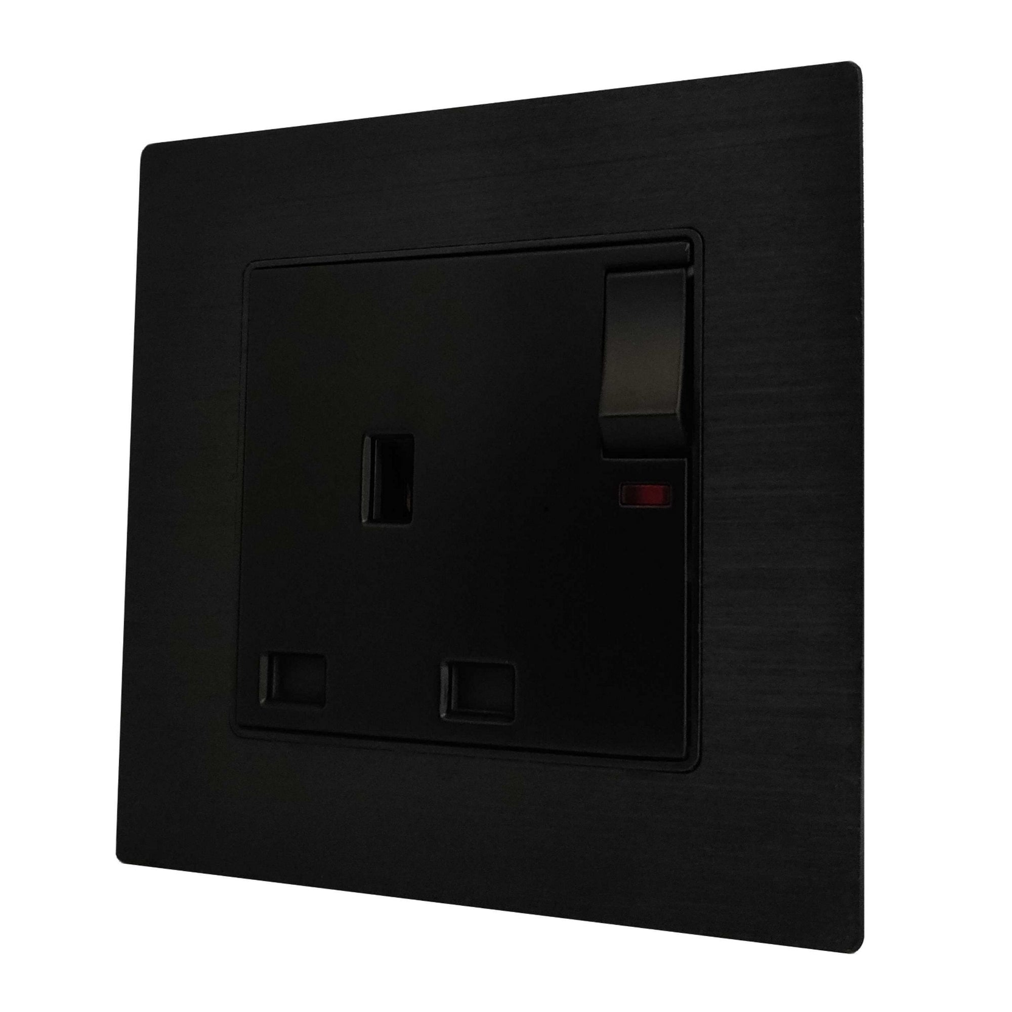 Single UK 13A 3-Pin AC Wall Power Socket in Black Brushed Alum Frame & Black Centre