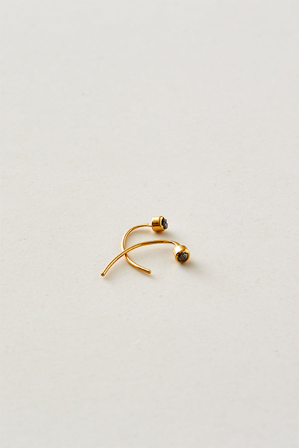 STUDIO LOMA - ELLIE earring with raw diamond