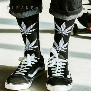 1 Paar Weed Leaf Men's Socken   rave-onofficial.myshopify.com www.rave-on.de Rave-On! rave techno clothing fashion 2019