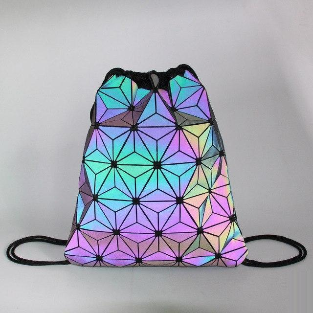 Holographisch leuchtender Turnbeutel Leuchtend  rave-onofficial.myshopify.com www.rave-on.de Rave-On! rave techno clothing fashion 2019