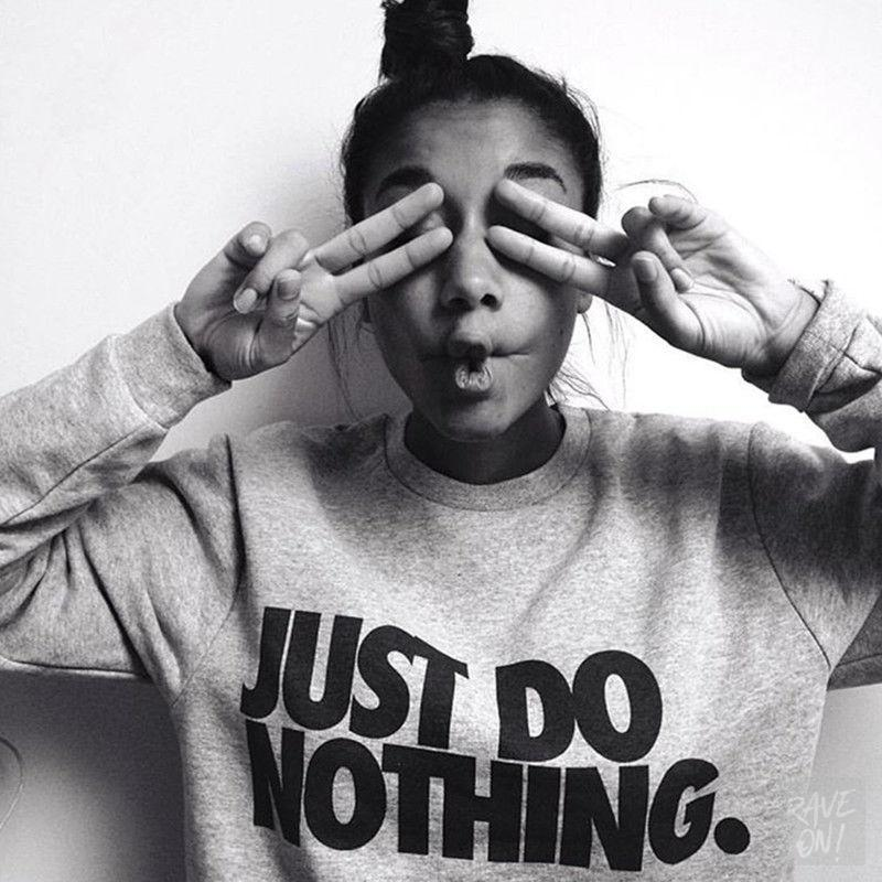 "Ladies ""JUST DO NOTHING"" Rave On!® - Sweatshirt Unisex Sweatshirt - Rave On!® der Club & Techno Szene Shop für Coole Junge Mode Streetwear Style & Fashion Outfits + Sexy Festival 420 Stuff"