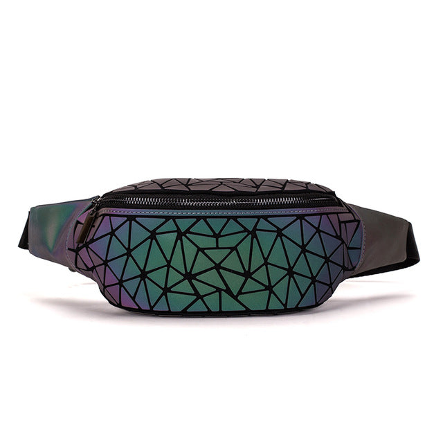 NEUE Holographisch leuchtende Bauchtasche (New Version - 2020) LUMI Geometric - Rave On!® der Club & Techno Szene Shop für Coole Junge Mode Streetwear Style & Fashion Outfits + Sexy Festival 420 Stuff