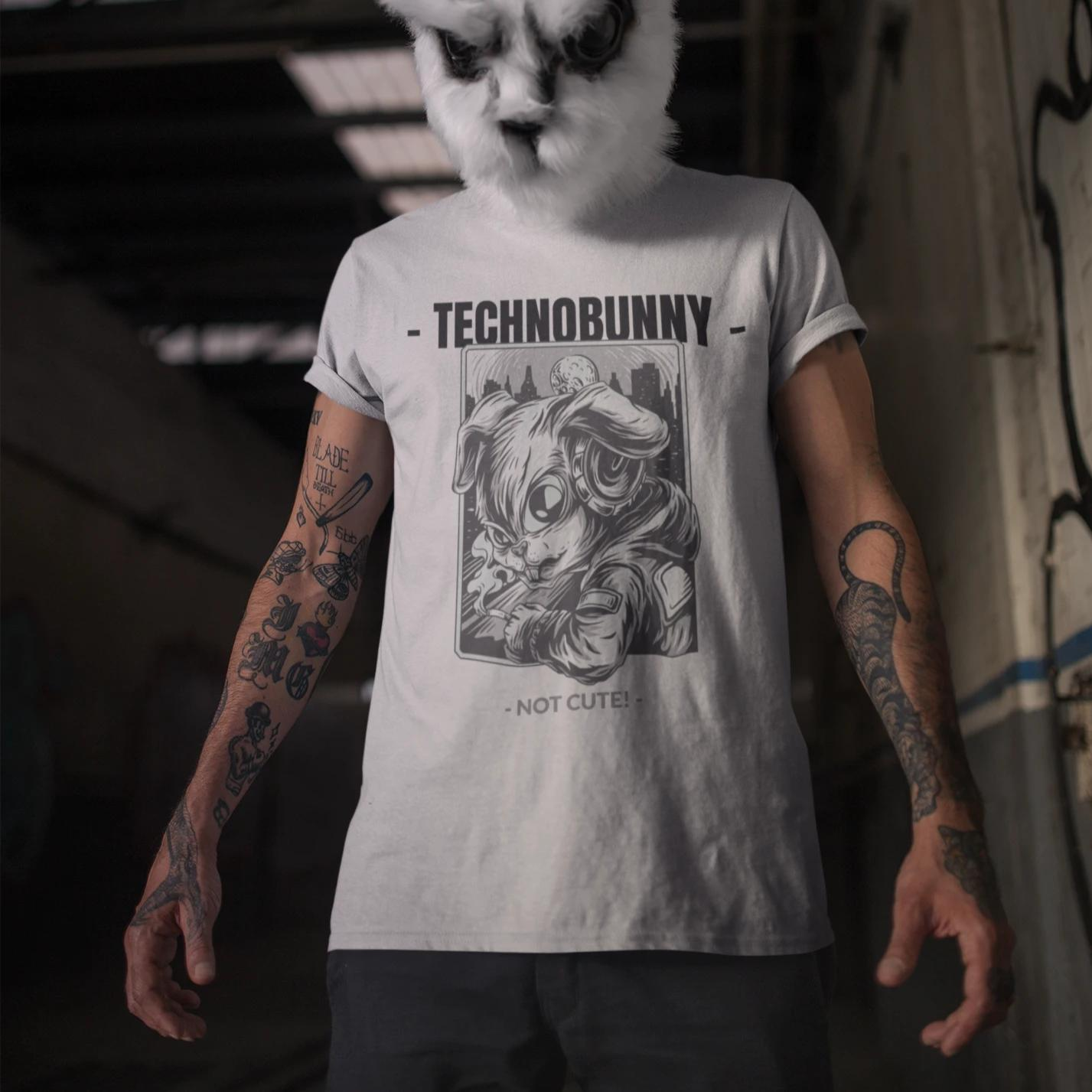 TECHNOBUNNY - Not Cute! - Rave On!® - Herren Shirt Herren Basic T-Shirt - Rave On!® der Club & Techno Szene Shop für Coole Junge Mode Streetwear Style & Fashion Outfits + Sexy Festival 420 Stuff
