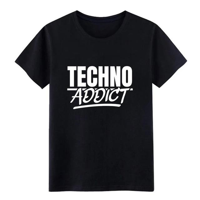 Techno Addict Rave On!Ⓡ- Premium T-Shirt Black / XL - Rave On!® der Club & Techno Szene Shop für Coole Junge Mode Streetwear Style & Fashion Outfits + Sexy Festival 420 Stuff