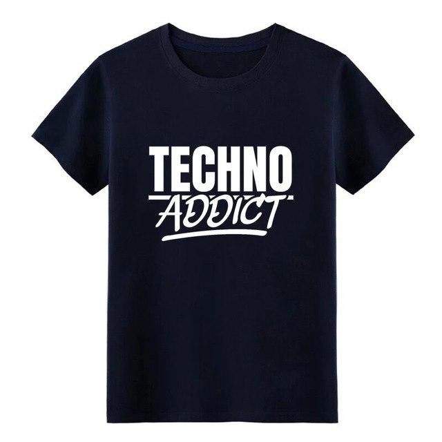 Techno Addict Rave On!Ⓡ- Premium T-Shirt Navy Blue / XL - Rave On!® der Club & Techno Szene Shop für Coole Junge Mode Streetwear Style & Fashion Outfits + Sexy Festival 420 Stuff