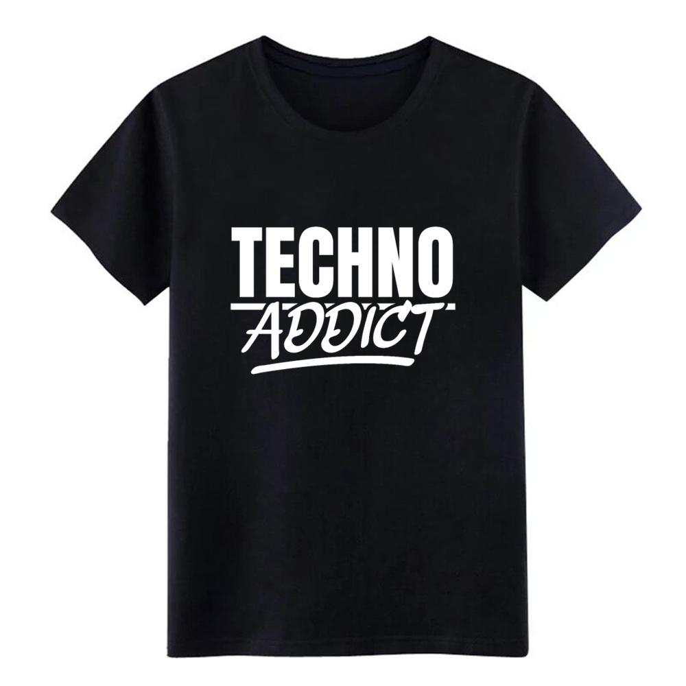 Techno Addict Rave On!Ⓡ- Premium T-Shirt - Rave On!® der Club & Techno Szene Shop für Coole Junge Mode Streetwear Style & Fashion Outfits + Sexy Festival 420 Stuff