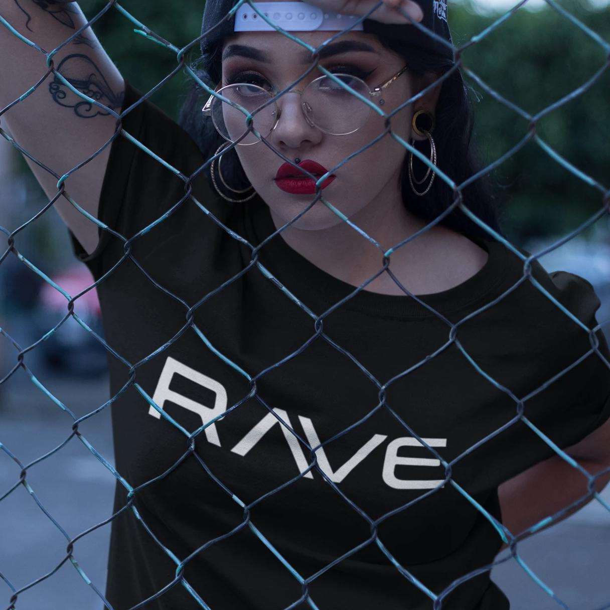 RAVE - Rave On!® Black T-Shirt - Herren Premiumshirt Herren Premium Shirt - Rave On!® der Club & Techno Szene Shop für Coole Junge Mode Streetwear Style & Fashion Outfits + Sexy Festival 420 Stuff