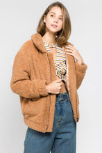 Load image into Gallery viewer, Fluffy teddy Jacket