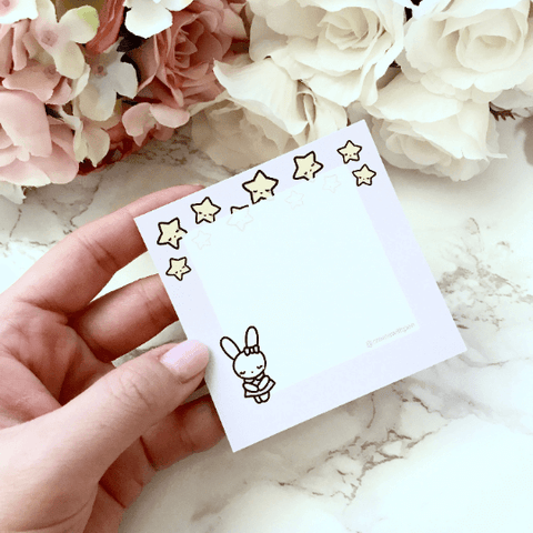 STICKY NOTES | Bella under the stars