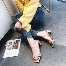 Load image into Gallery viewer, Slip On Square Heel Women Slipper Summer Outdoor Trendy Comfortable Women Sandals Thin Strap Women Slipper Elegant Women Shoe