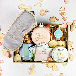Ladies night out - eku Box curated gift box