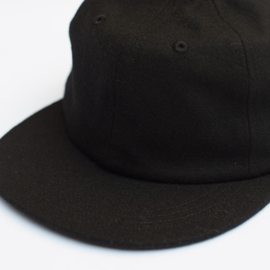 PARKER CAP - BLACK WOOL