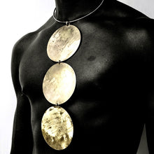 Load image into Gallery viewer, Famosi Statement Brass Choker