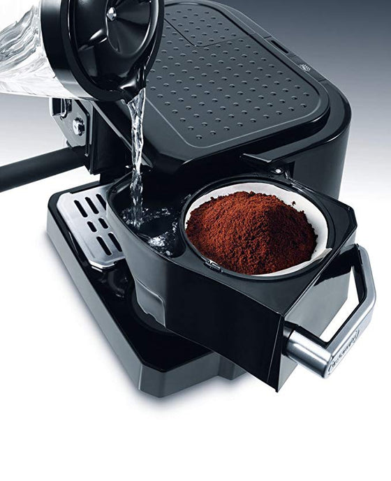 DeLonghi Espresso and Capuccino Maker w/Milk Frother 15 Bar BCO411