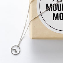 Load image into Gallery viewer, silver circle mountain necklace