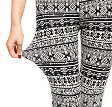 Load image into Gallery viewer, Activewear Leggings