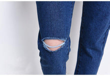 Load image into Gallery viewer, Shredded Jeans