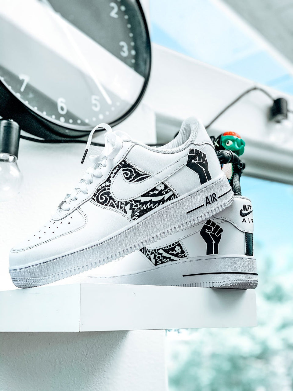 """BLM"" Air Force 1's Charity Customs - Sandez Official"