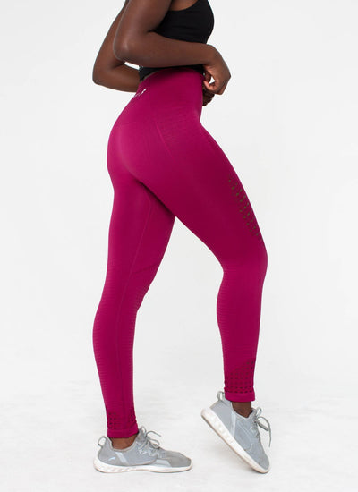 Highlight Seamless Red Leggings - Athlete Body