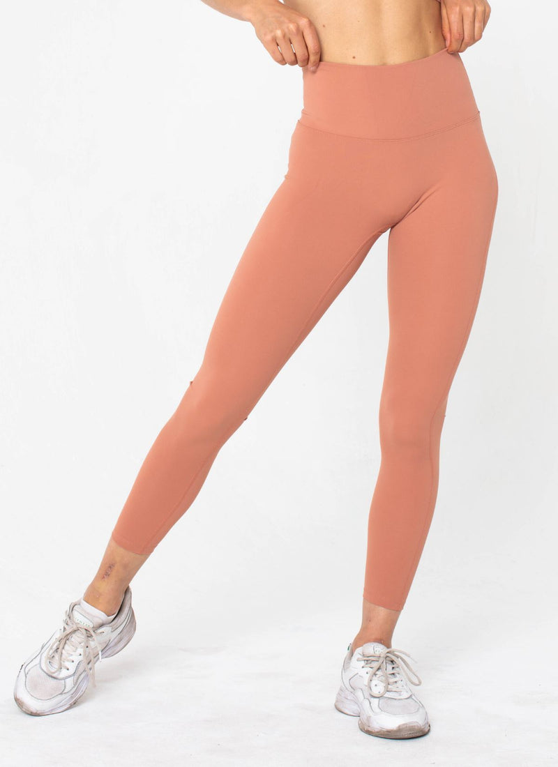Ascend Peach Leggings