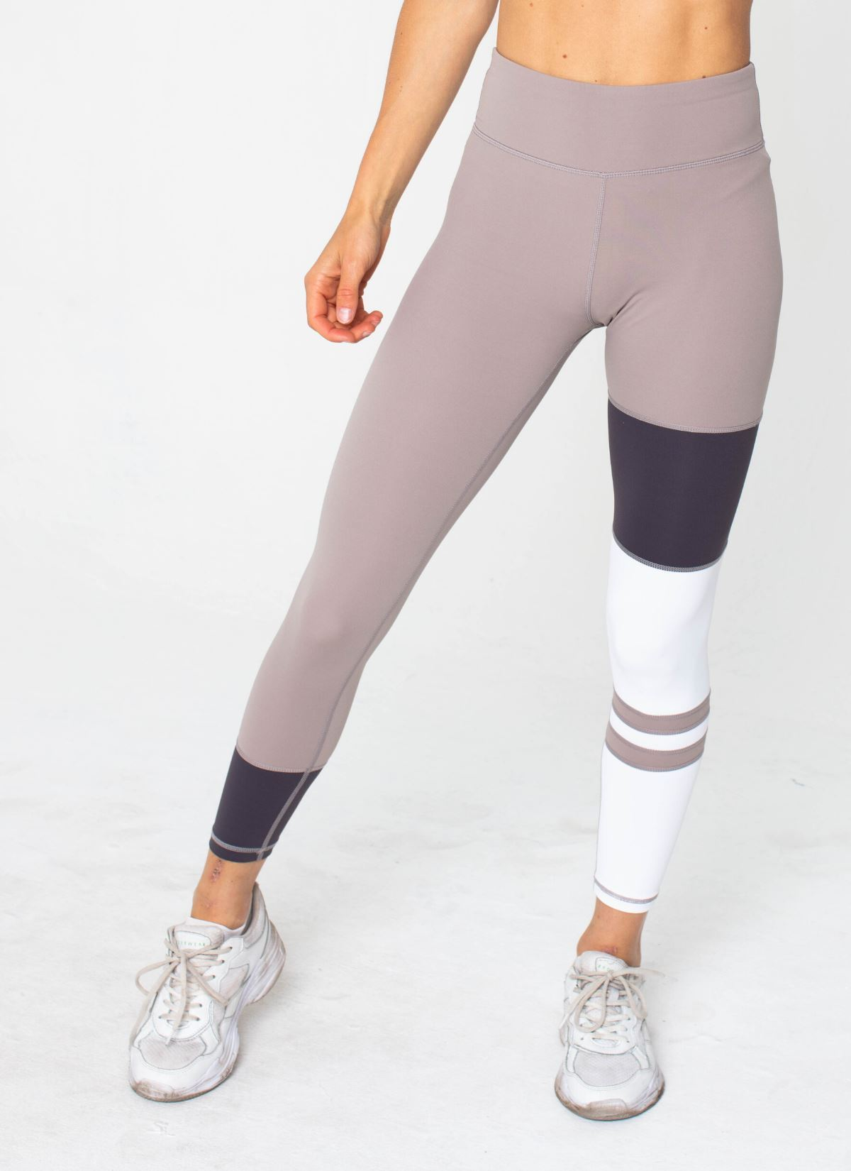 Conquer Beige Leggings - Athlete Body