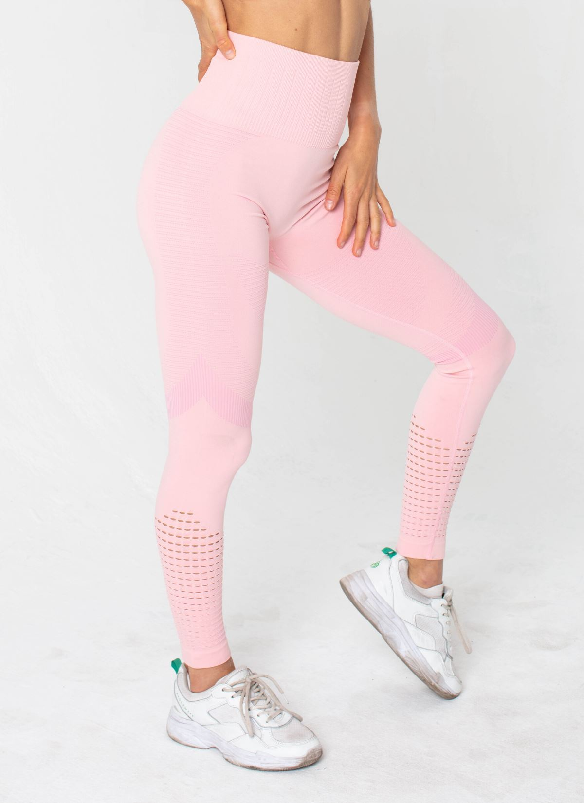 Feel Seamless Pink Leggings - Athlete Body