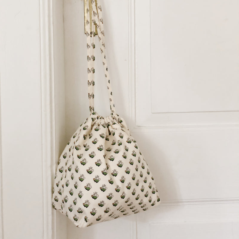 Drawstring bag ~ Fiona
