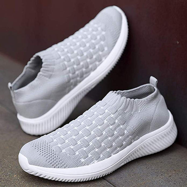 Women's light-weight walking shoes