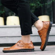 Men's British Hand-sewn Casual Leather Shoes