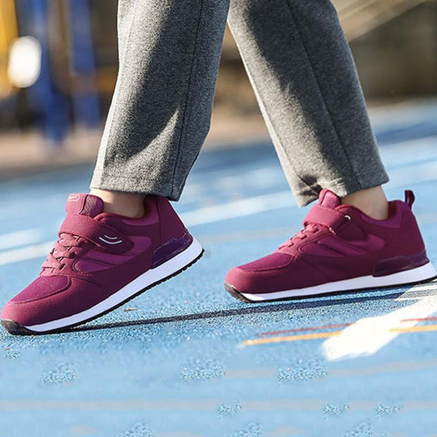Women's Mesh Breathable Solid Colors Non-Slip Sneakers