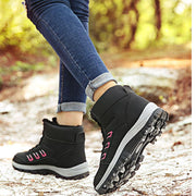 Women's Plus Velvet Cotton Warm Snow Boots Non-Slip Waterproof Sneakers