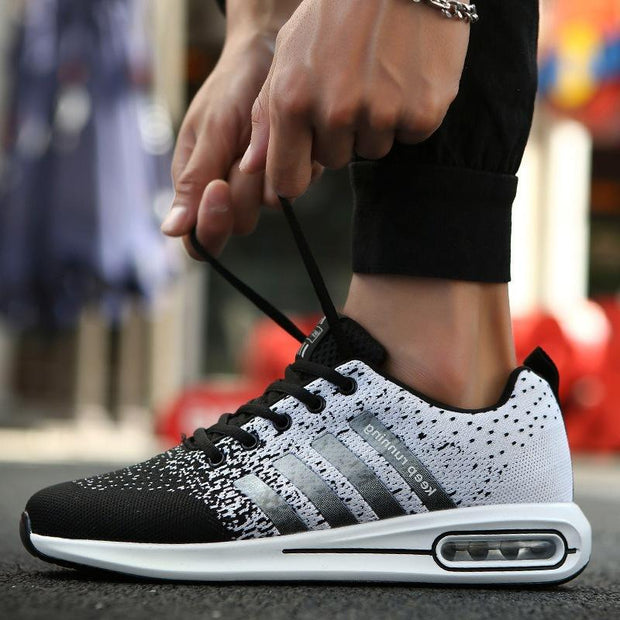 Men's trend breathable lightweight mesh cushion running shoes