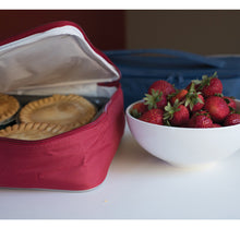 Load image into Gallery viewer, Festive Insulated Casserole Carrier