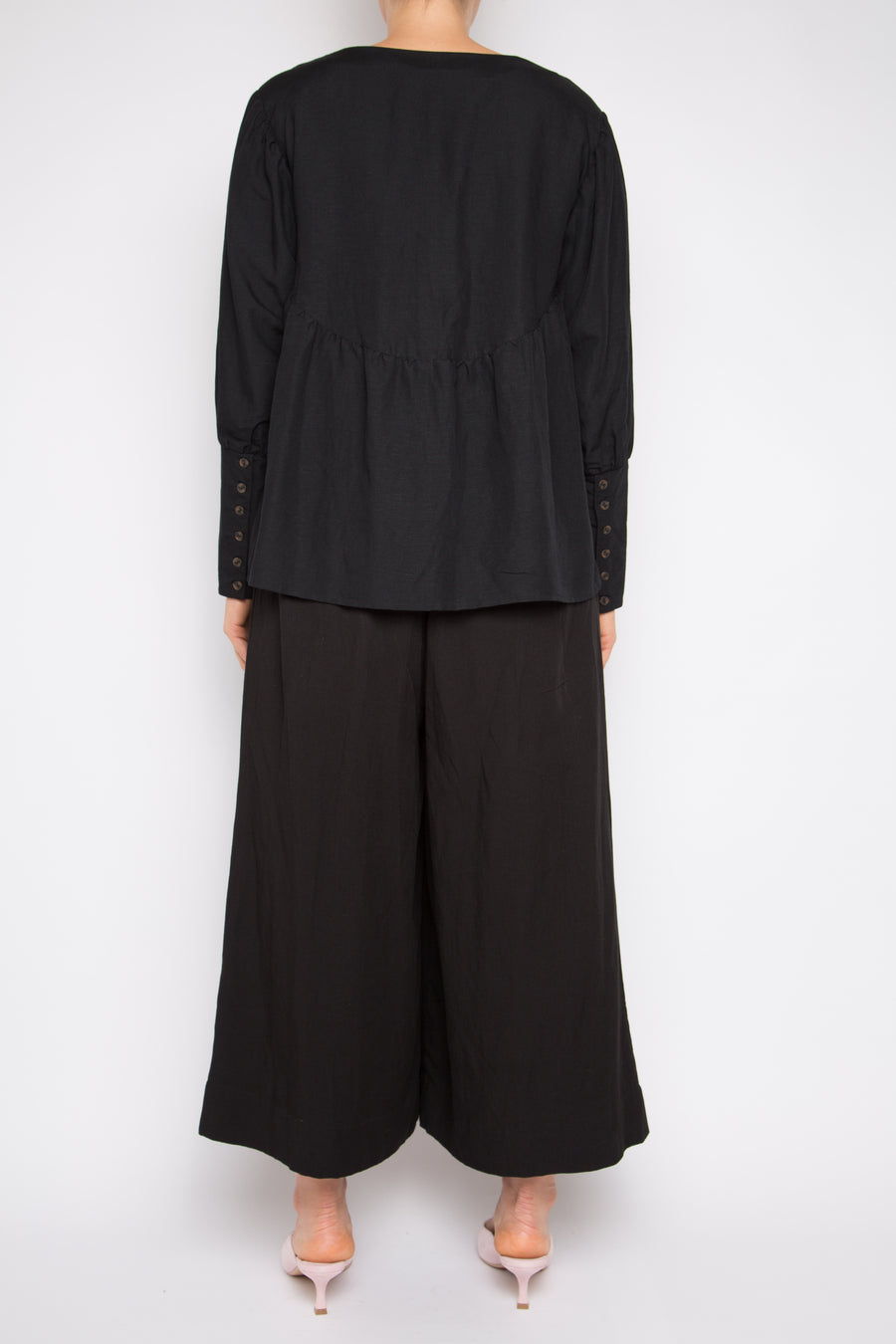 Paqin Top in Black