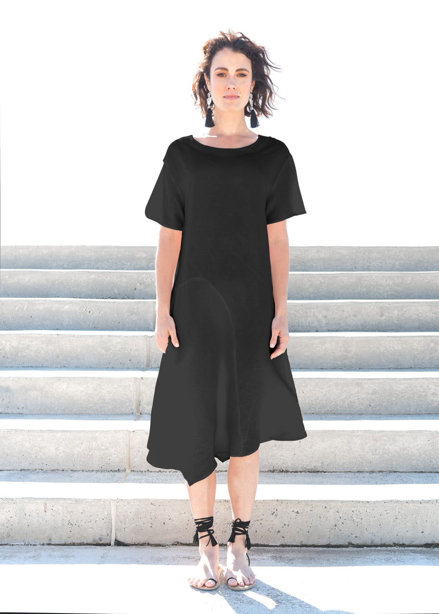 Sheng Dress in Black