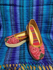 Size 6M  Huipil Shoes