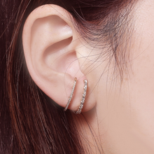 Load image into Gallery viewer, The Bella Pave Ear Cuff