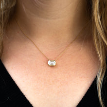 Load image into Gallery viewer, Beauty & The Bezel Necklace