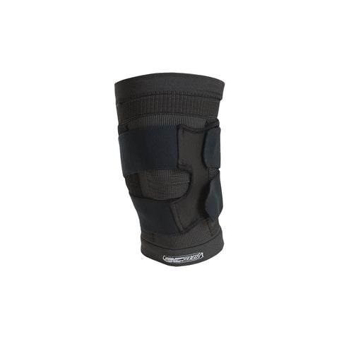 110 Blitz Compression Knee Sleeve + Ice