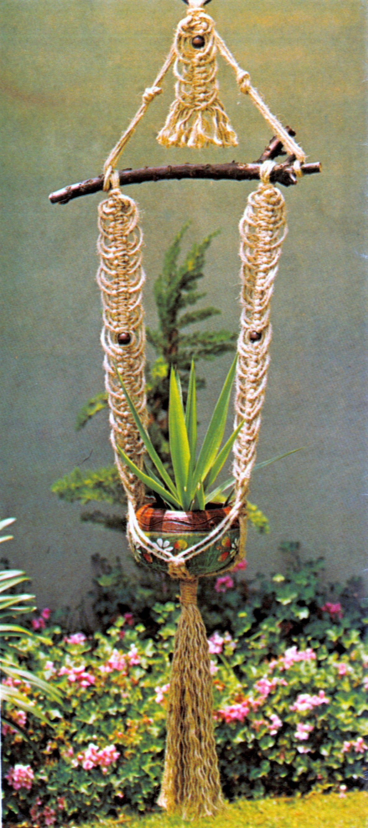 Easy-to-Make Macrame Plant Hanger Pattern, Instant Download