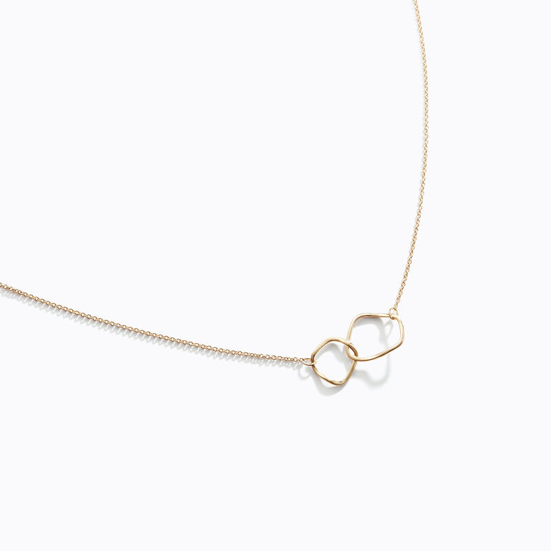 Interlocking Loop Necklace