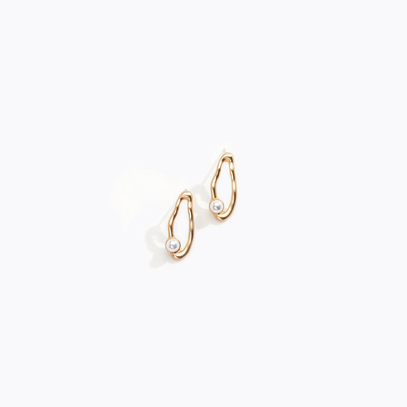 Irregular Hoop & Pearl Stud Earrings
